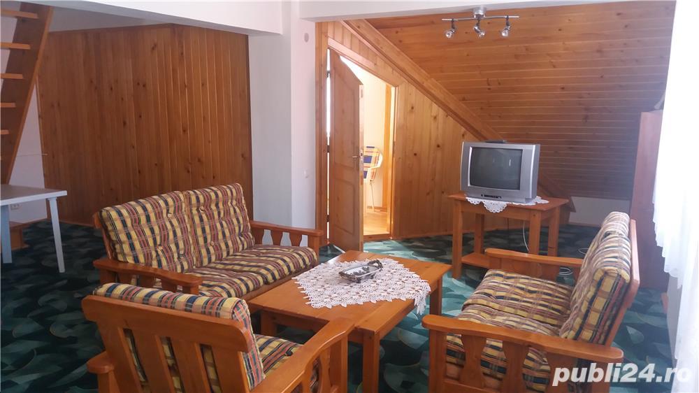 Revelion la munte AZUGA cazare 10 pers, 5 dormitoare, 4 nopti toata vila