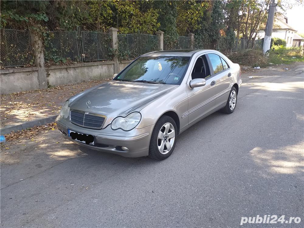 VAND SAU SCHIMB Mercedes-benz Clasa  C 200