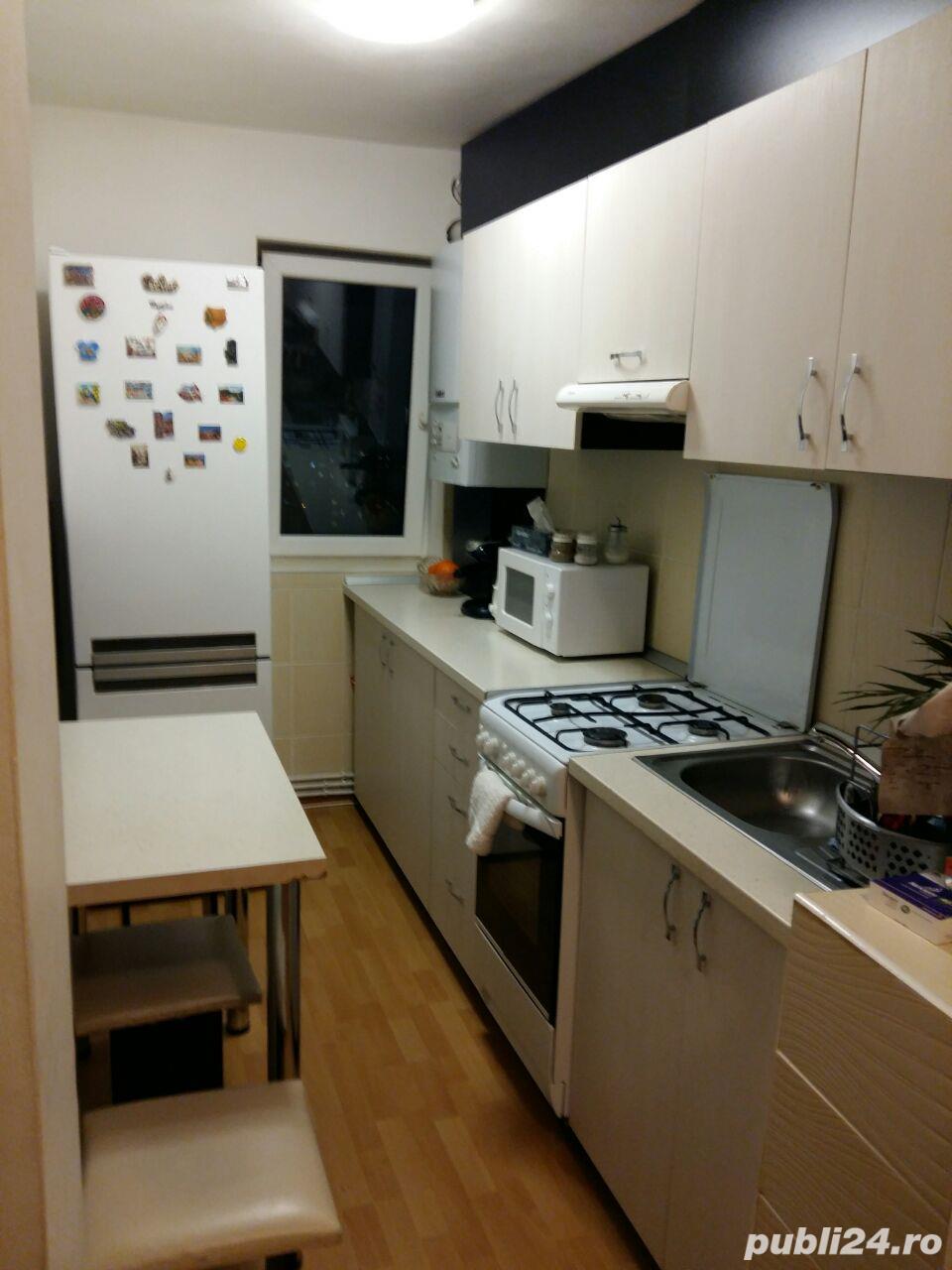 PF inchiriez apartament 2 camere decomandat