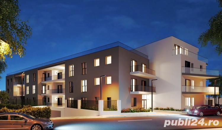 Apartament 4 camere si curte de 112 mp, la 500 metri de Piata Muncii