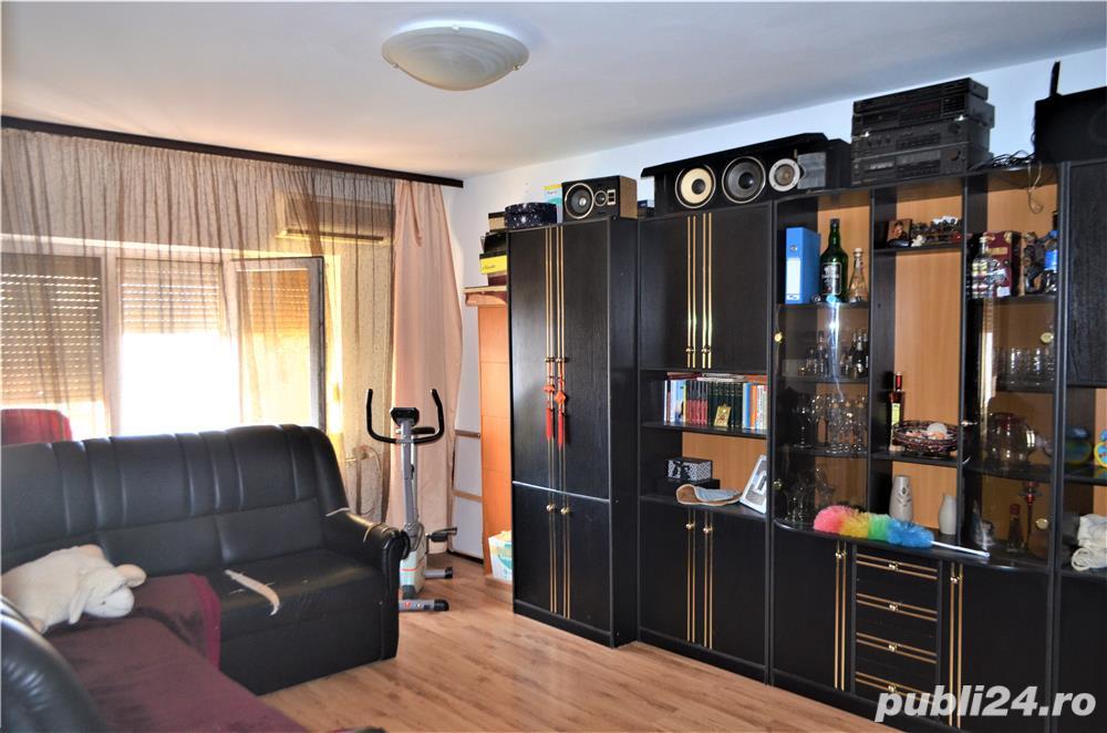 Apartament 2 camere decomandat, zona Far, comision 0%