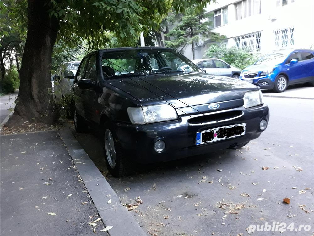 Ford Fiesta Ghia 1.6 90 hp