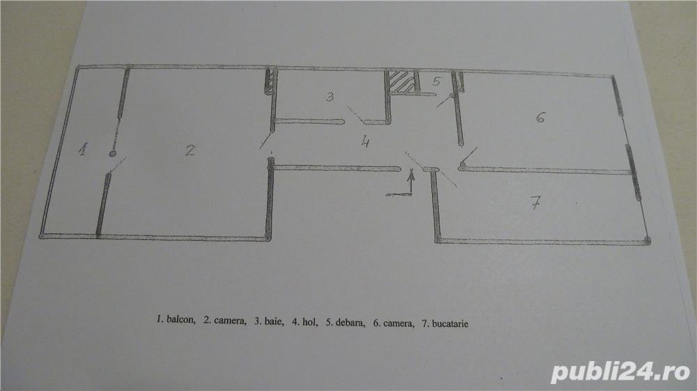 De inchiriat: ap. 2 camere, decomandat, ultracentral, recent renovat, conf. 1, centrala proprie gaz.