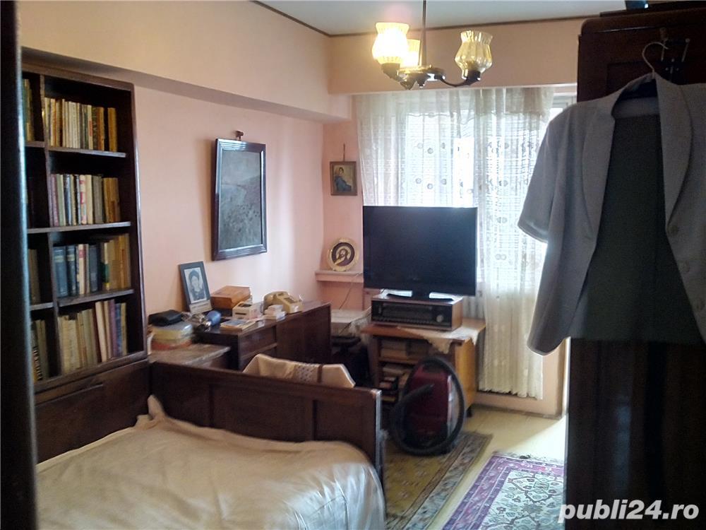 Ion Mihalache piata 1 Mai apartament cu 4 camere decomandat confort 1