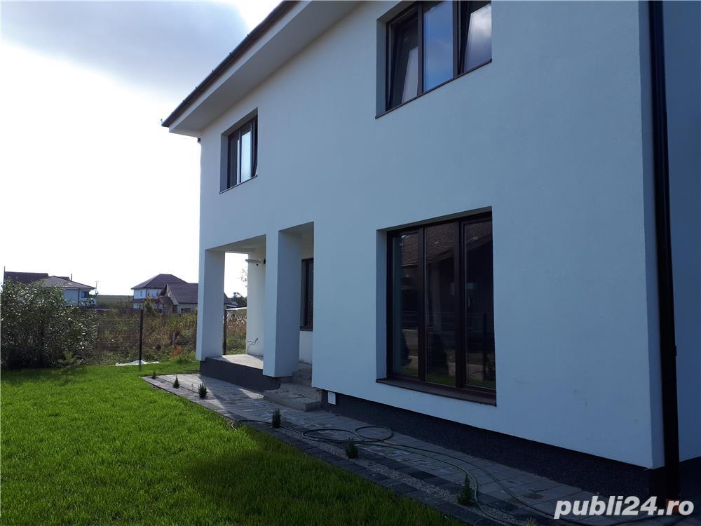 Dezvoltator casa duplex 4 cam 2 bai la gri 120mp +240mp