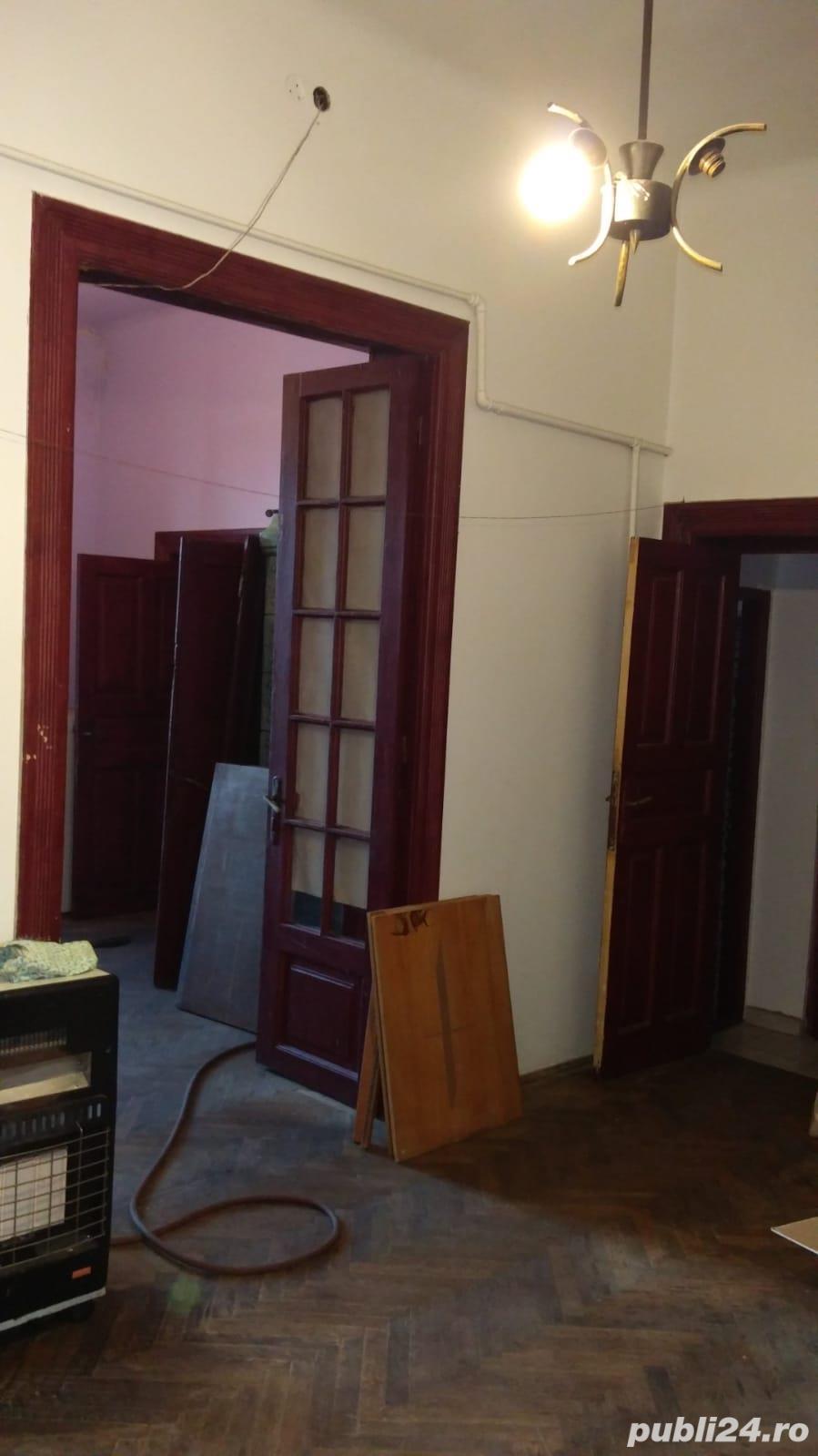 Apartament cu 3 camere 65 mp in vila Calea Plevnei cu Noica direct proprietar