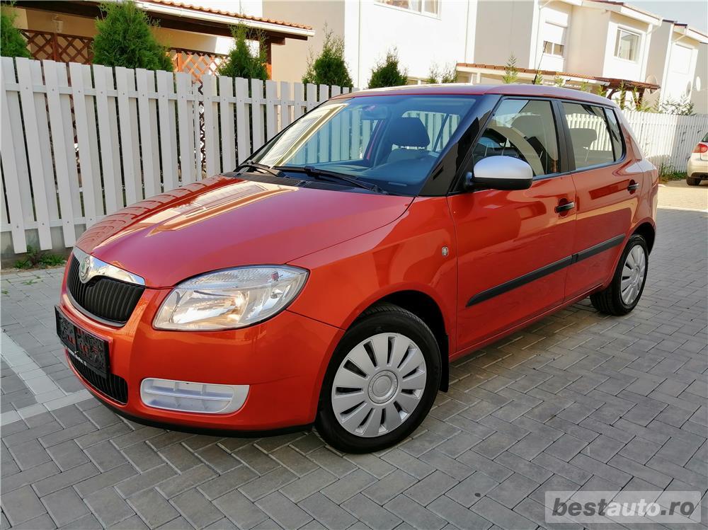Skoda Fabia 2009 Euro 4 Benzina Clima Carlig 140.000 km acum adus Austria !