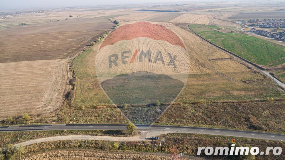 De vânzare teren intravilan 4 ha,  la ieșirea din Arad spre Iratos