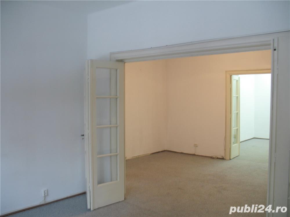 Piata Rosetti, Apartament, 4 camere, P/P+2, centrala proprie, A/C, alarma, 2 intrari