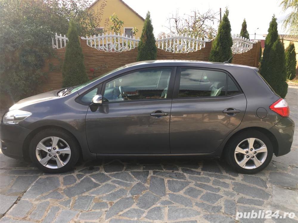 Toyota Auris 2011 Facelift 1.33 VVT-I UNIC Proprietar