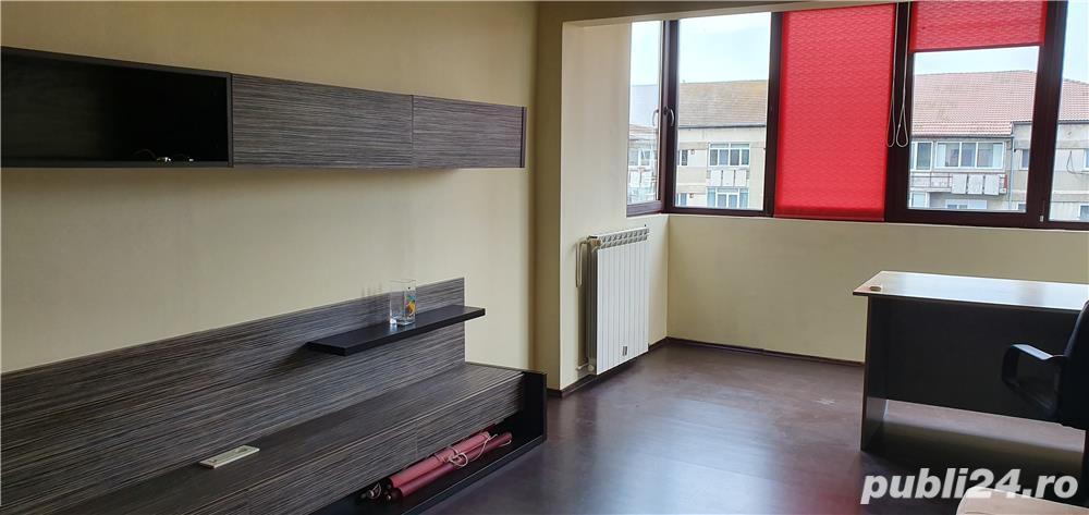 vand apartament 4 camere in Calea Aradului
