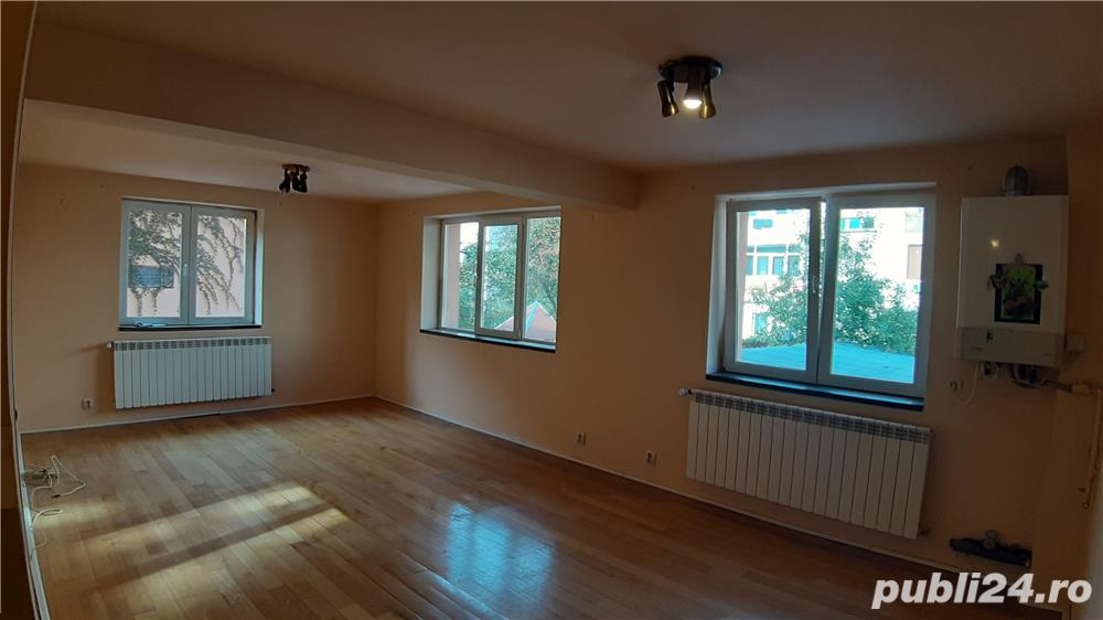 Apartament 3 camere, constructie noua, garaj, zona Strand