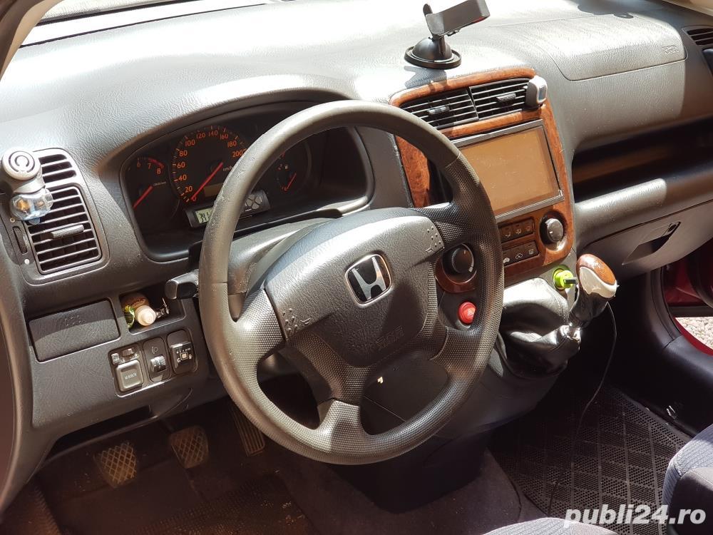 Honda 1.7 benzina combi 7 locuri, 8 litri consum. Modeal stream