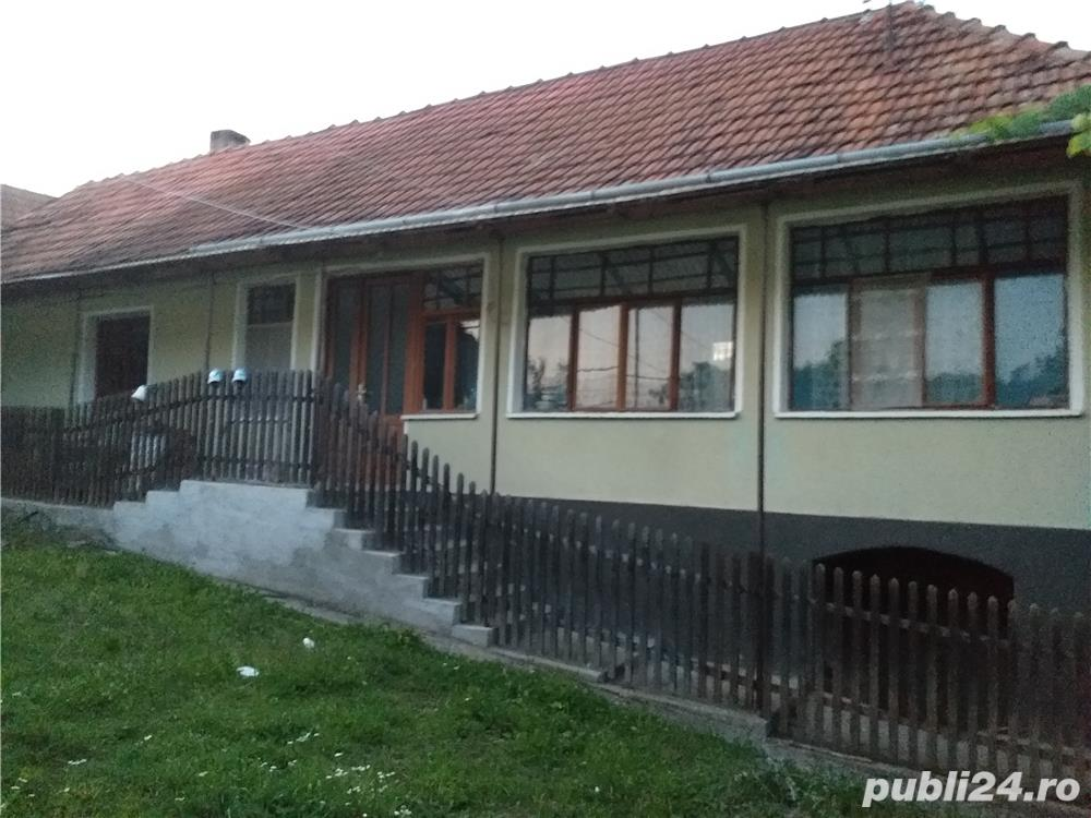 vand casa sau schimb cu apartament in Deva, la parter.