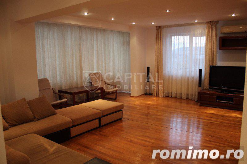 Închiriere apartament 4 camere Zorilor, cu 3 locuri de parcare