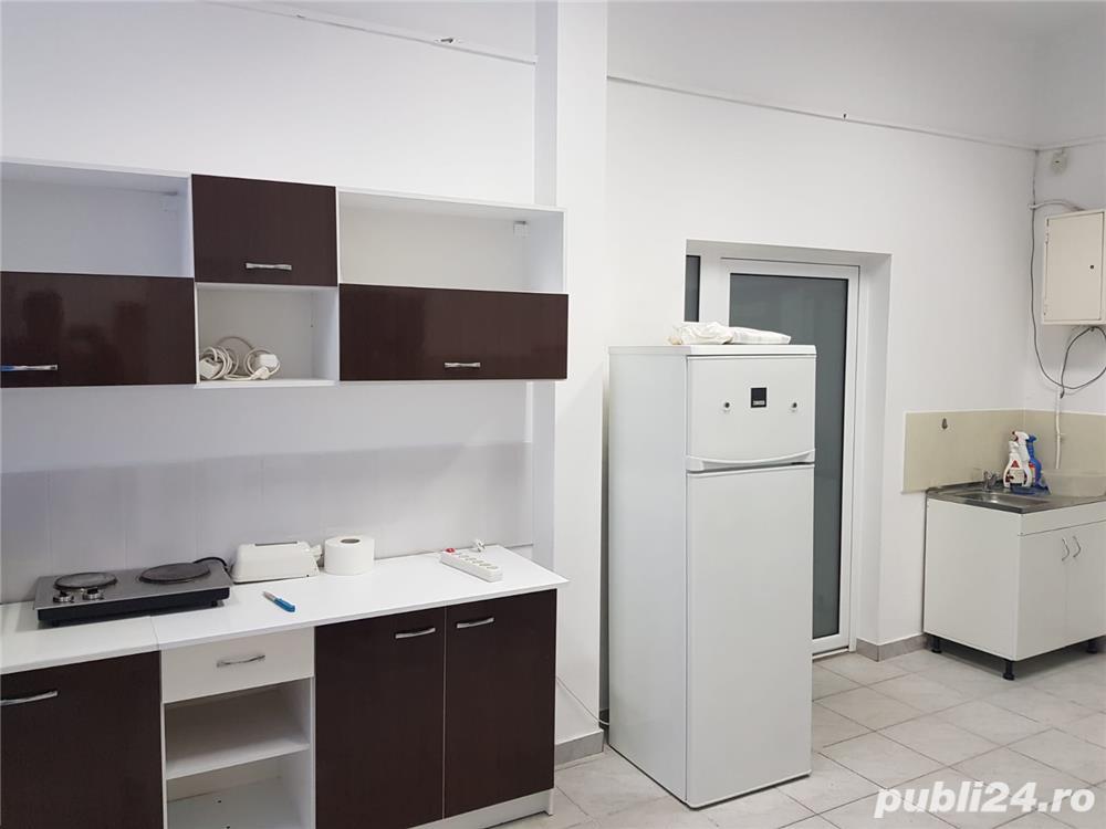 Inchiriez apartament 2 camere, 110 mp