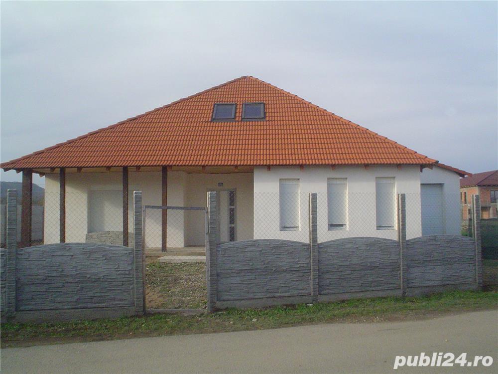 Casa De Vanzare P+POD Mansardat Si Teren,Zona Rezidentiala Racovita,Caransebes.
