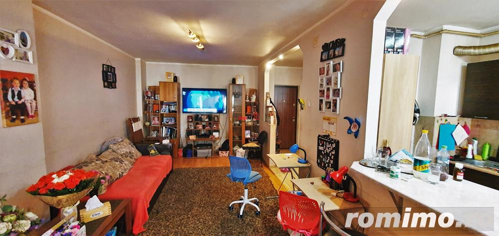 Apartament 3 camere, 2 balcoane, mobilat, etaj 3, zona OMV