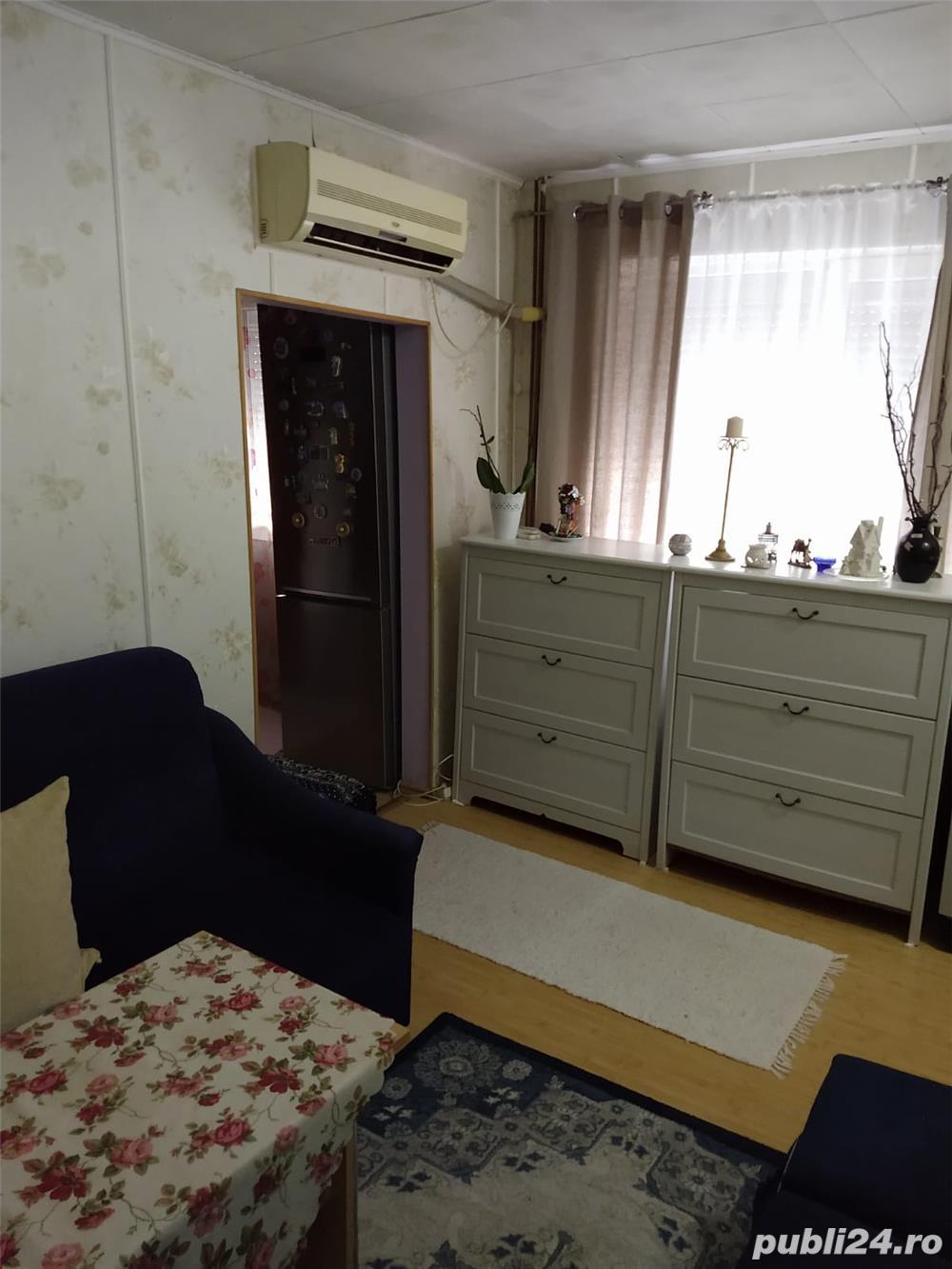 3 camere, etaj 3, mobilat si utilat zona Sagului!!