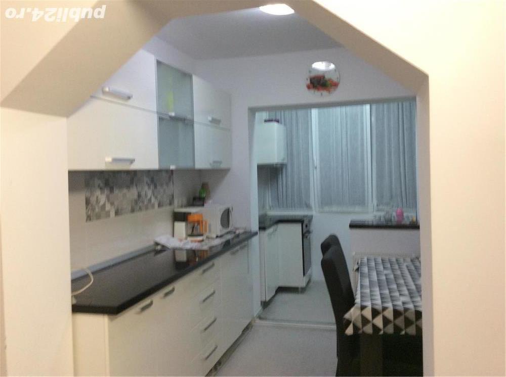 Chirie apartament cu 3 camere Rogerius lux