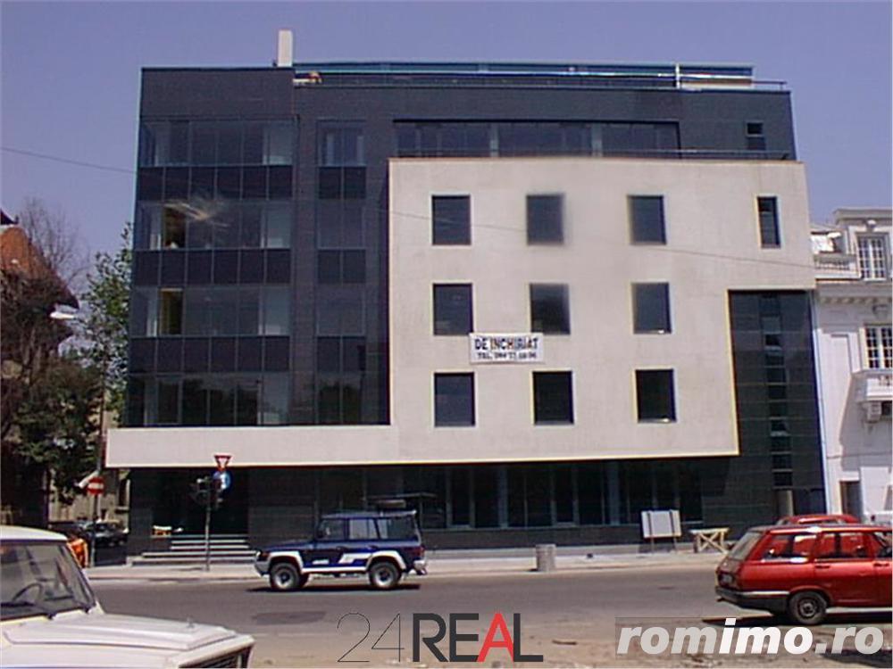 Cladire de birouri de vanzare Polona Eminescu
