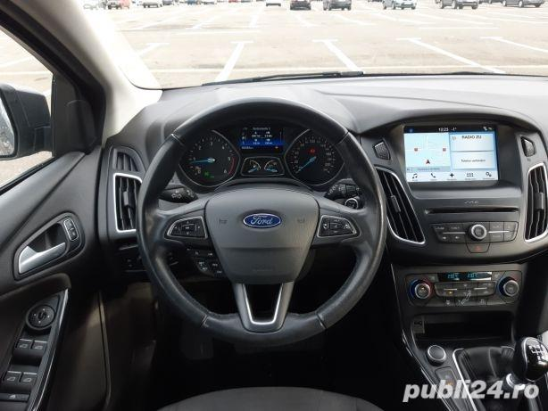 Ford Focus TITANIUM!!