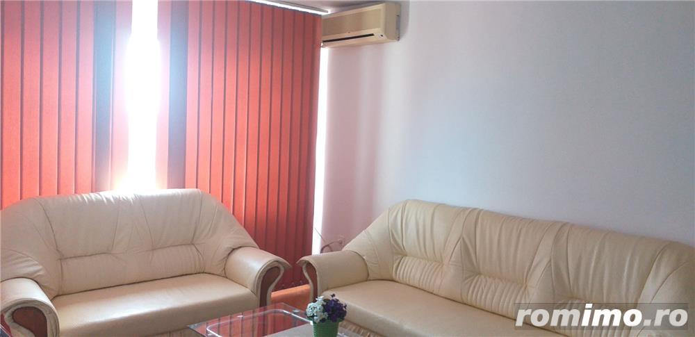 Circumvalatiunii/Apartament cu 3 camere/400 euro