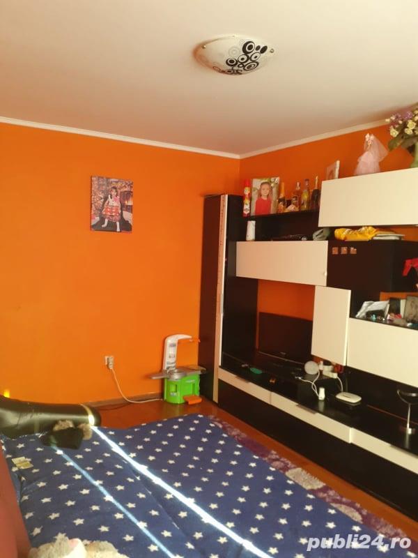 Apartament cu 2 camere, zona 23 August