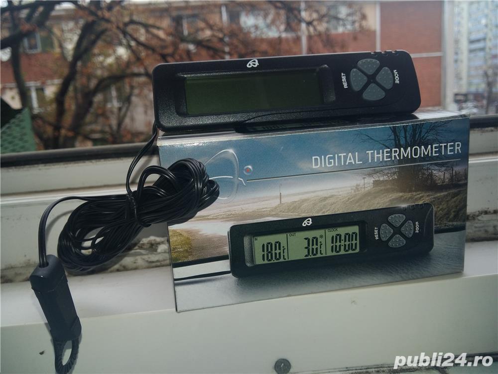 Termometru auto