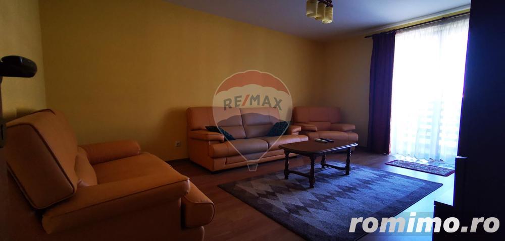 De inchiriat apartament 2 camere decomandat, Tractorul