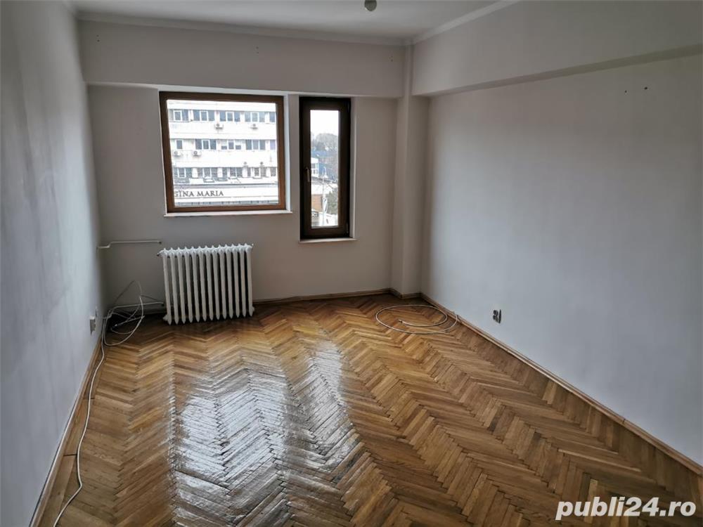 Apartament 4 camere zona Capitol