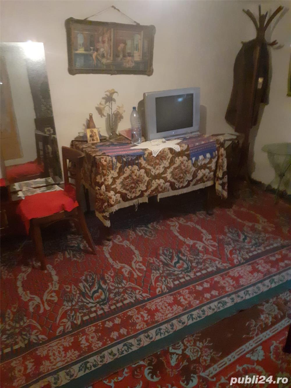 VAND CASA 27.500 EURO -  LOC. ZAMFIRA - PRAHOVA