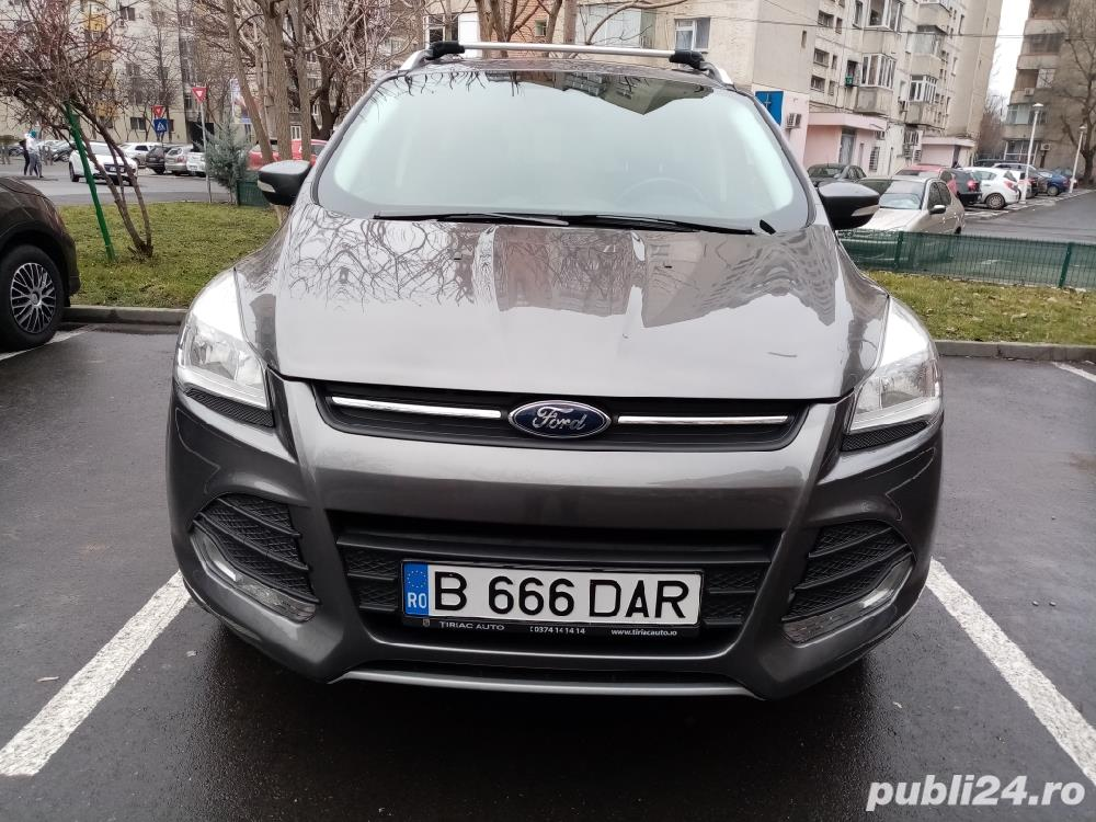 Ford Kuga 1.6 EcoBoost 150 CP Benzină