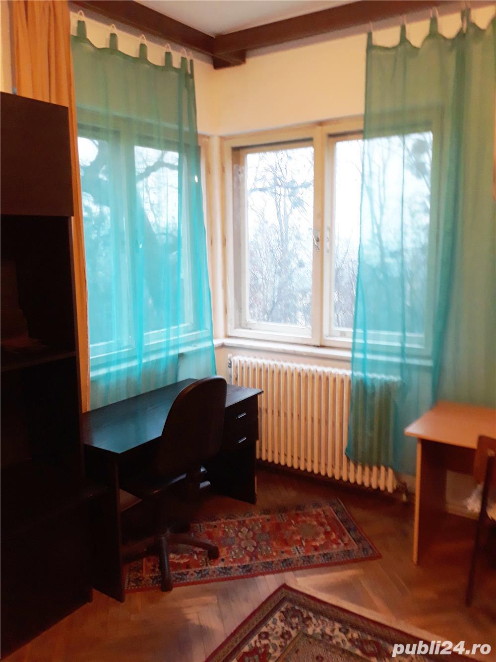 Dau in chirie camera in apartament de 4, zona Hasdeu, Cluj