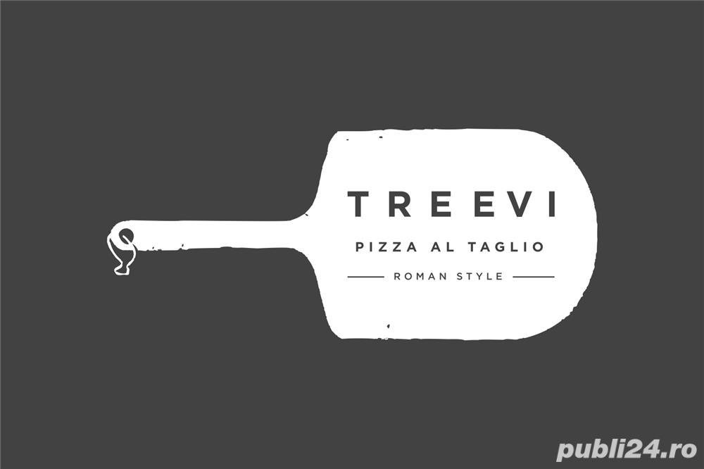 Angajam pizzar