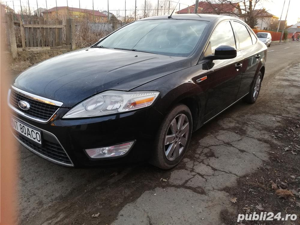 Ford Mondeo berlina
