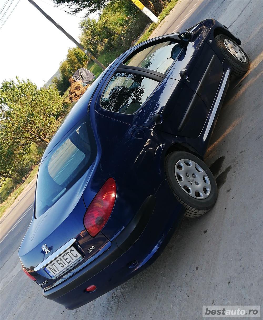 Peugeot 206, posibilitate Avans si rate