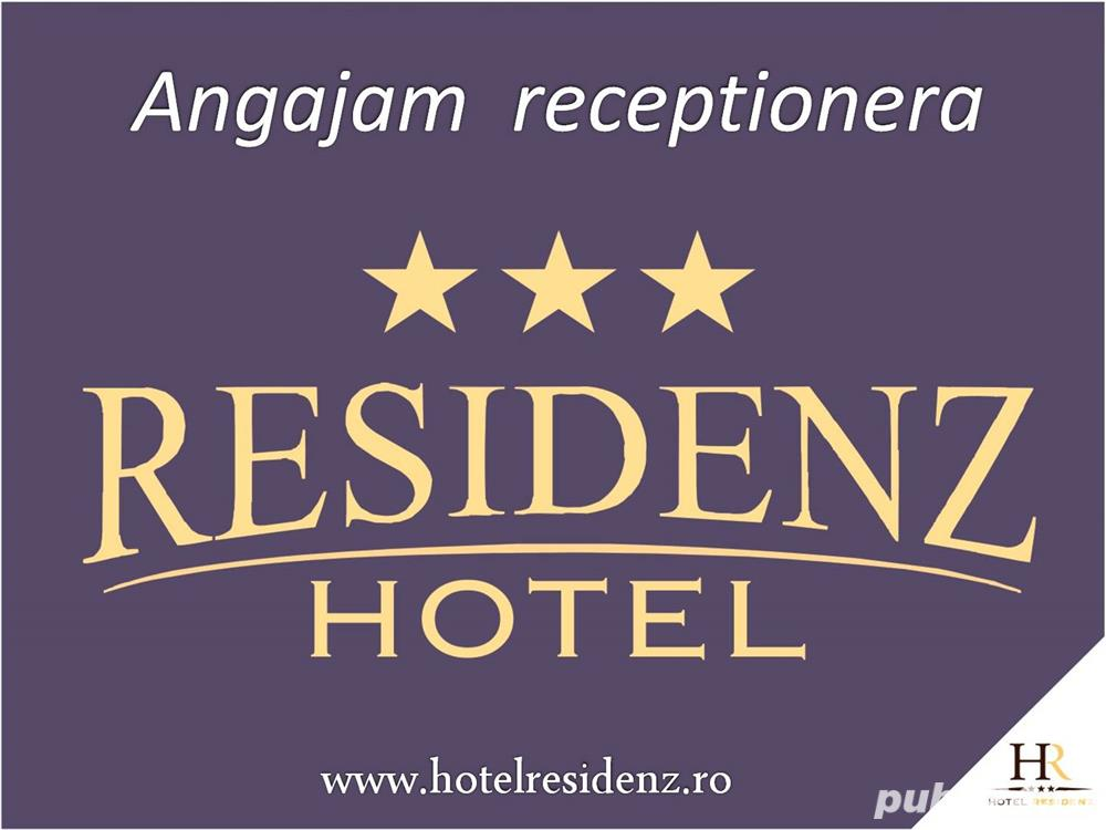 angajam receptioner(a)