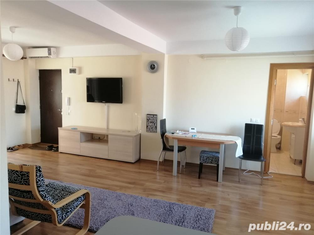 Apartament 3 camere -Compozitori
