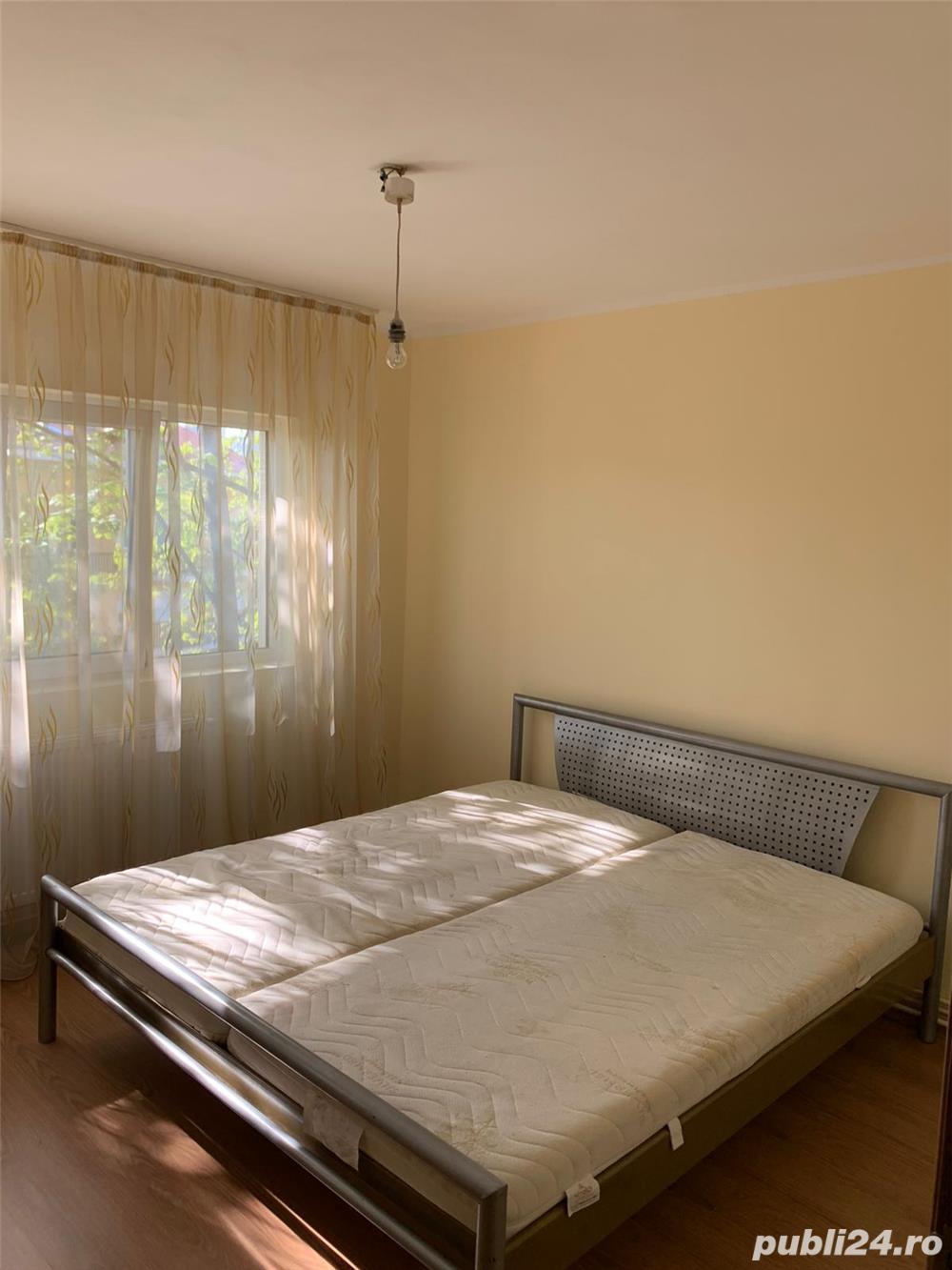 Proprietar inchiriez apartament complet renovat, zona Aradului