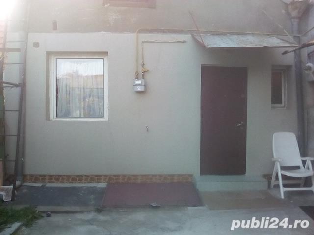 De vinzare casa 2 camere decomandat zona  Bălcescu
