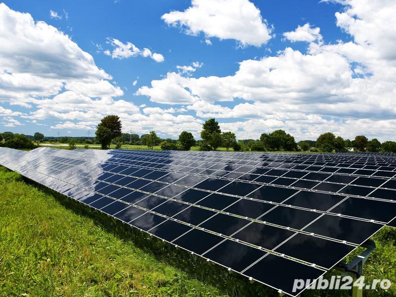 Cautam muncitori necalificati pentru constructii parcuri solare - este necesara experienta pe utilaj