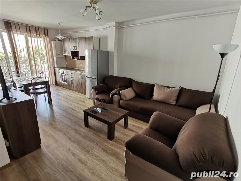 INCHIRIEZ apartament 2 camere,renovat, zona Centrala