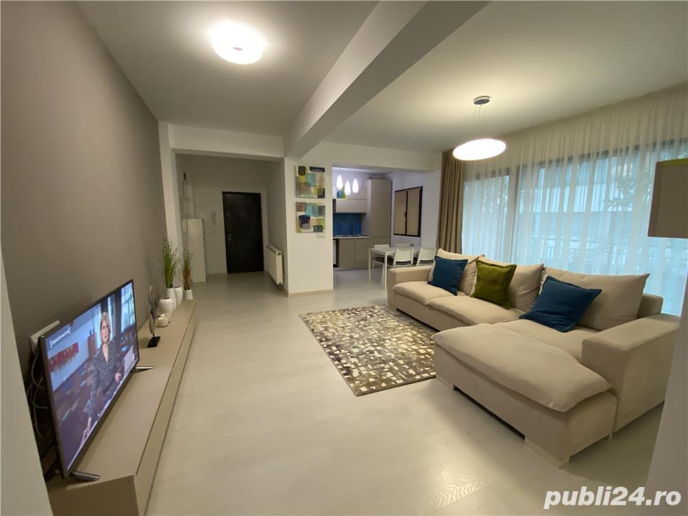 Apartament 3 camere 80 mp amenajat cu arhitect de design interior loc parcare inclus etaj 1/3!
