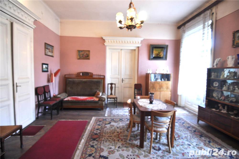Piata Maria, 4 camere in imobil istoric