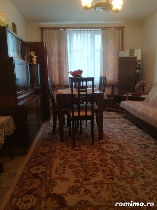 Apartament 2 camere in zona Horea la etajul 3, 48 mp, semimobliat