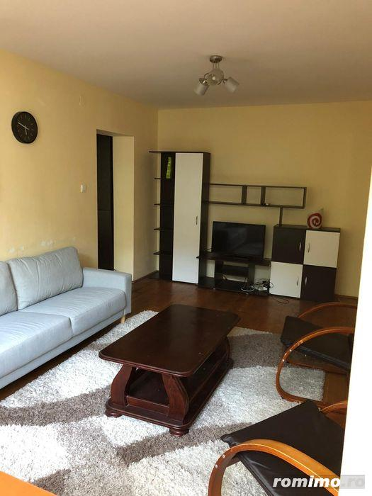 Apartament cu 3 camere de vanzare zona Medicinei