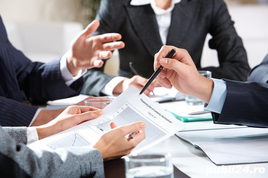 Companie multinationala cauta consultanti financiari