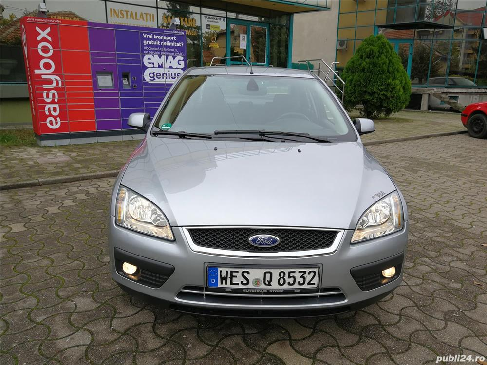 FORD FOCUS-SEDAN-GHIA-KM.REALI !!!