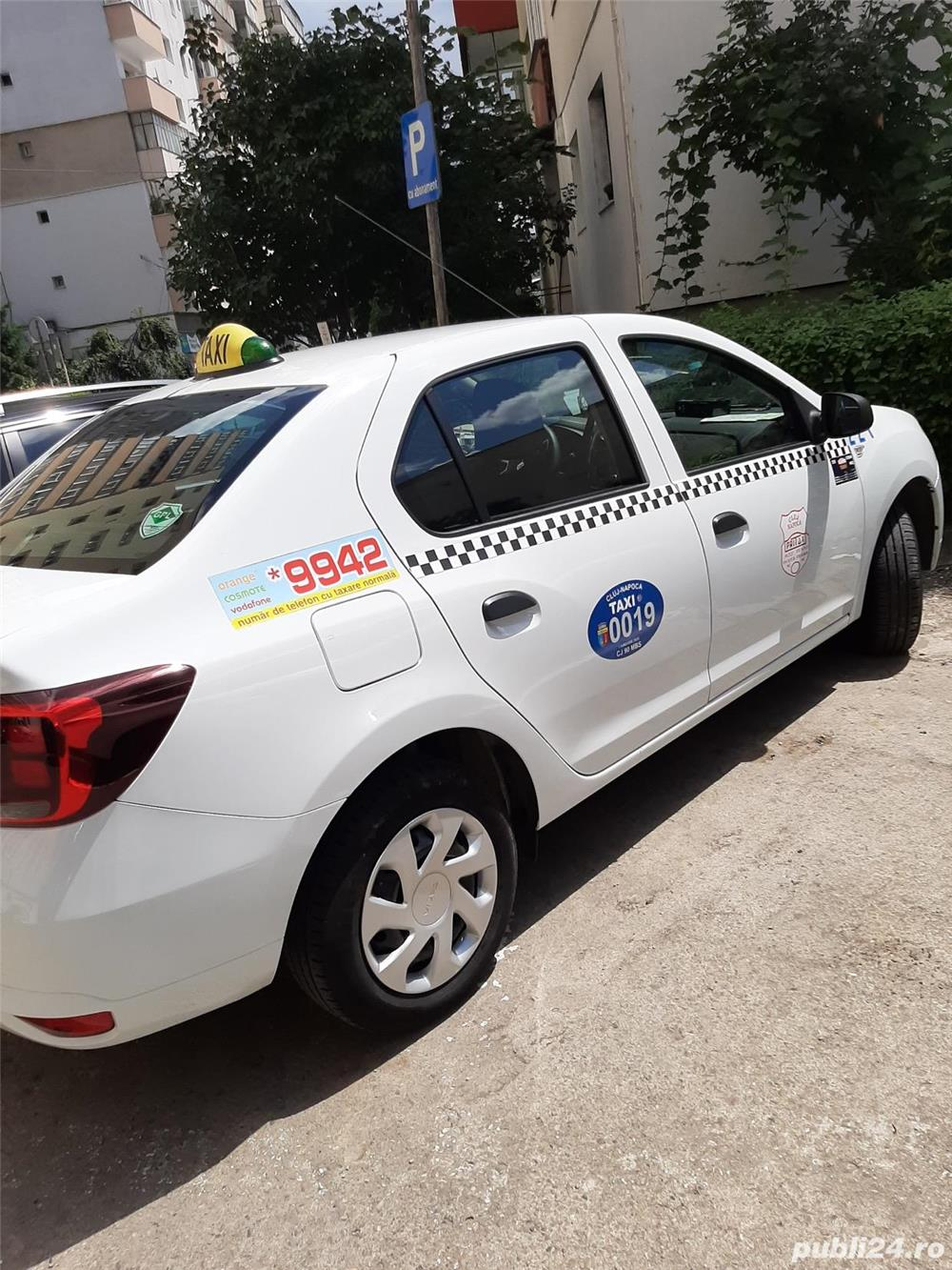 Angajez șofer taxi la 24h